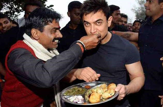 Aamir Khan is loving Benaras.