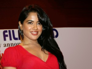 Sameera Reddy hot