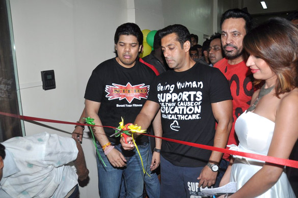 Salman Khan Inaugurate NITRO Fitness Center - Exclusive pictures