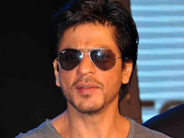 People Slams Shahrukh Khan On Twitter