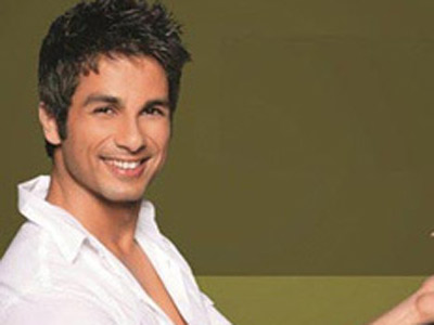 Shahid Kapoor's retakes disappoints fans