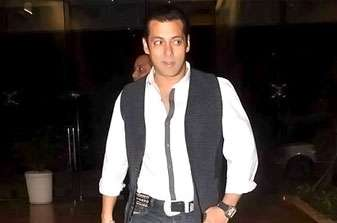 Salman Khan to Leave USA for Treatment