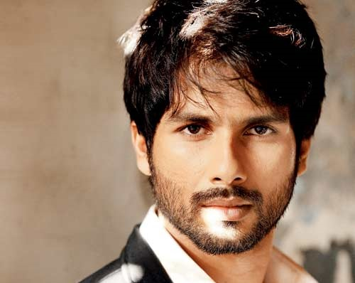 Shahid Kapoor To Bash Up Forty Baddies