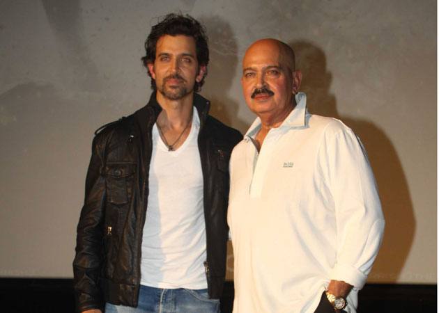 Hrithik Roshan planning Birthday Bash for Father