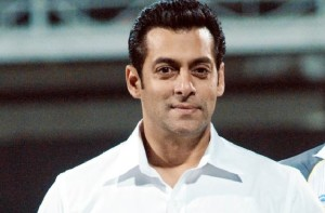 Salman Khan once again in a friendly cameo