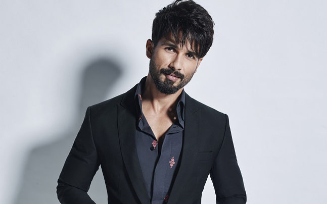 Shahid Kapoor applies conditions for 'Milan Talkies'