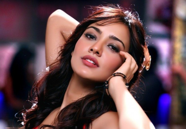 Video - Neha Sharma's special wishes for her fans