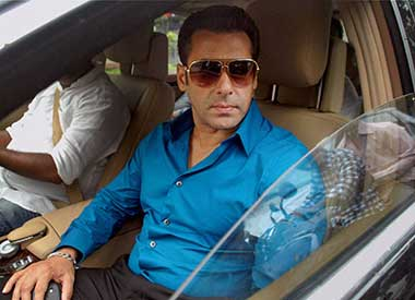 I don't want Communal fans - Salman Khan