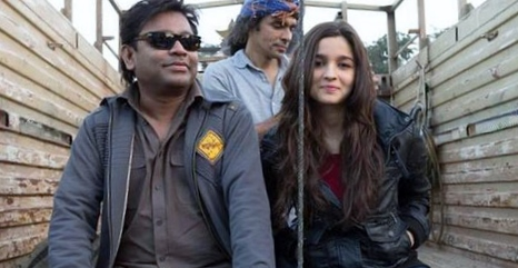 Karan Johar praises Alia Bhatt for her first song 'Sooha Saha' in Highway