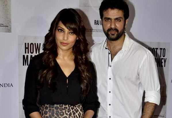 Bipasha Basu gets possessive about beau Harman Baweja