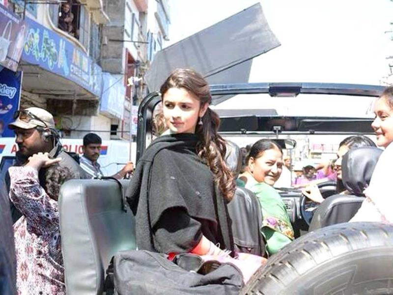 Alia Bhatt in Chandigarh for 'Humpty Sharma Ki Dulhania'