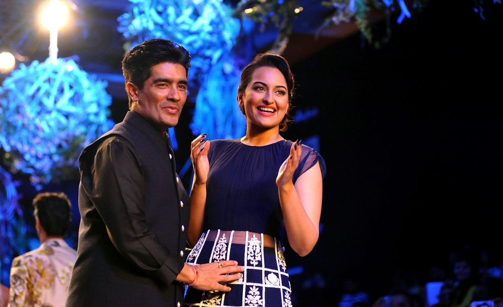 Manish Malhotra opens LFW with Sonakshi Sinha on ramp