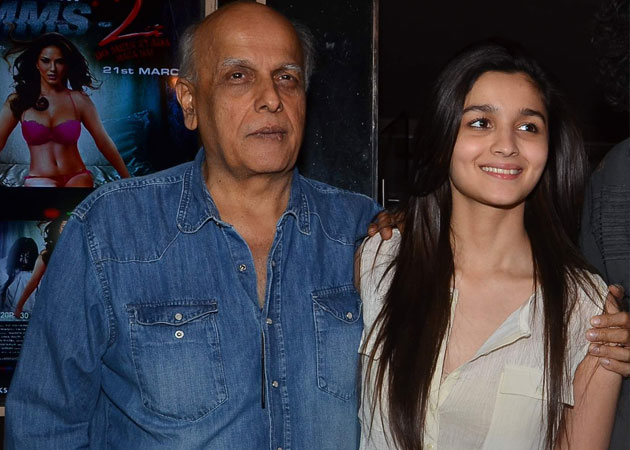 People would make fun that my father has two wives - Alia Bhatt