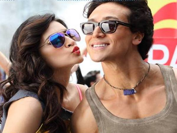 Video | Pappi Song | Heropanti