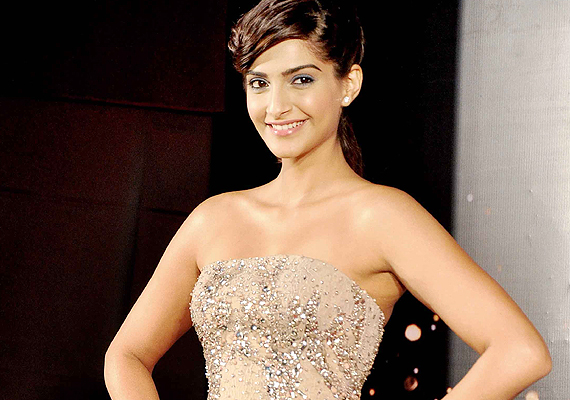 Fashionista Sonam Kapoor enlists her fashion inspiration