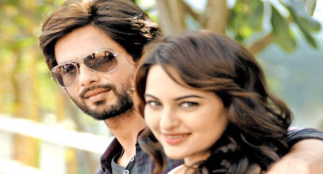 What was Shahid Kapoor's birthday gift  for Sonakshi Sinha?