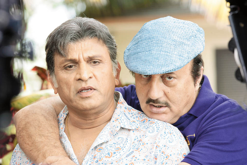 'Shaukeen' time for Anupam Kher in Mauritius