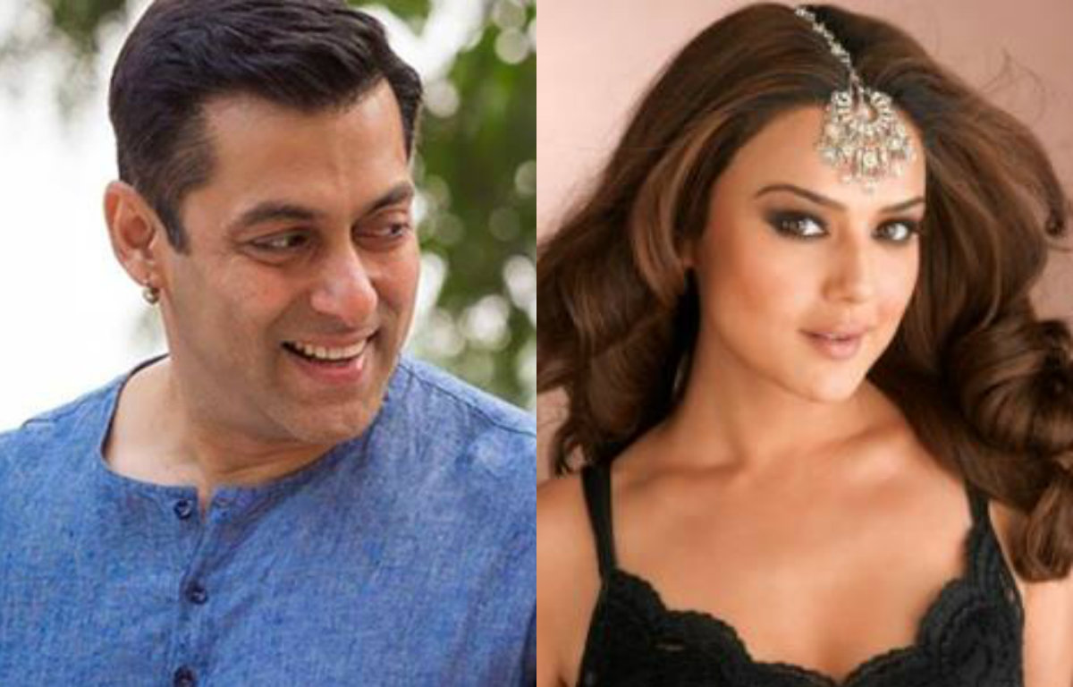 Bollywood Celebrities who changed their names after entering movies