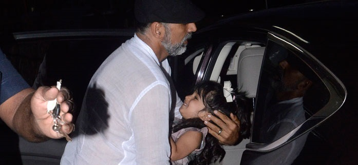Akshay Kumar spotted with his daughter Nitara