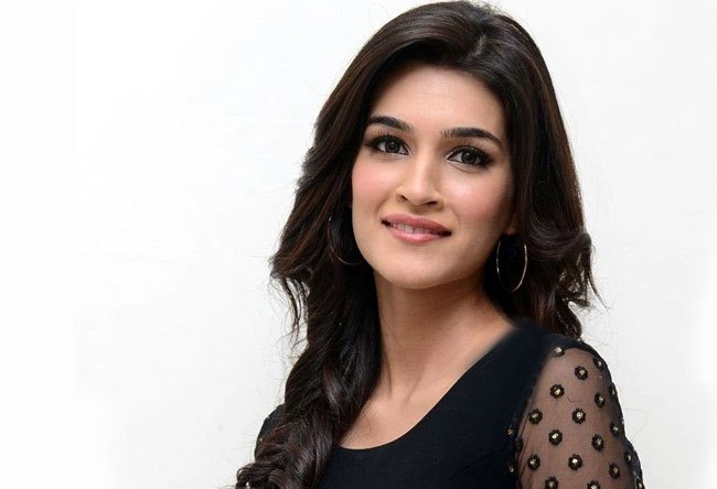 Kriti Sanon keen to work with Salman Khan and Aamir Khan