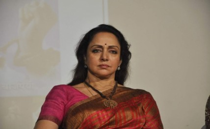 Hema Malini lauds Subhash Ghai's institute after award