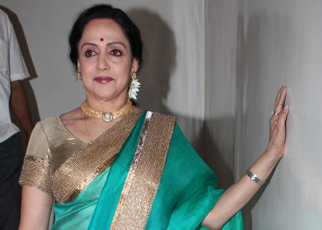 Lesser known facts about our Bollywood 'Dream Girl' Hema Malini