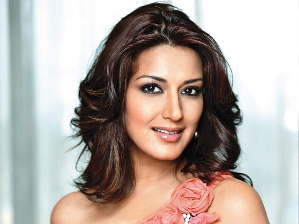 Sonali Bendre : Embrace all changes that happen to your body