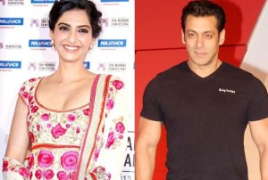 Independence Day:  Salman Khan - Sonam Kapoor's special message for fans