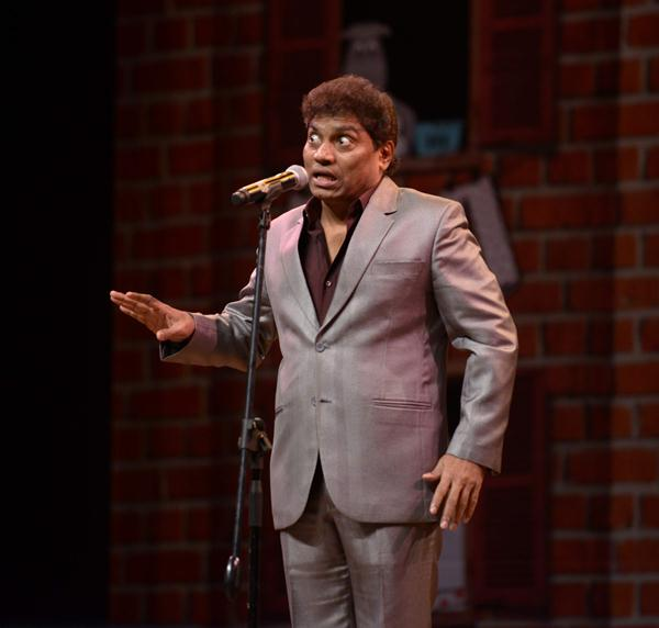 Johnny Lever - ...