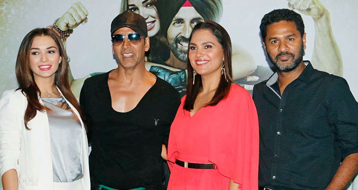 'Singh Is Bling' star cast salutes Sikh community of fashion
