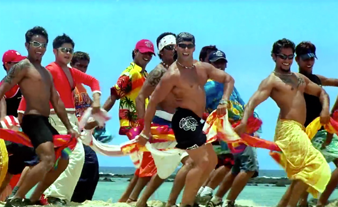 10 times Salman Khan flattered us with his towel dance | Bollywood Bubble