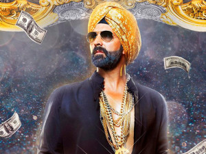 Akshay Kumar to give autographed tickets of 'Singh is Bliing' to fans