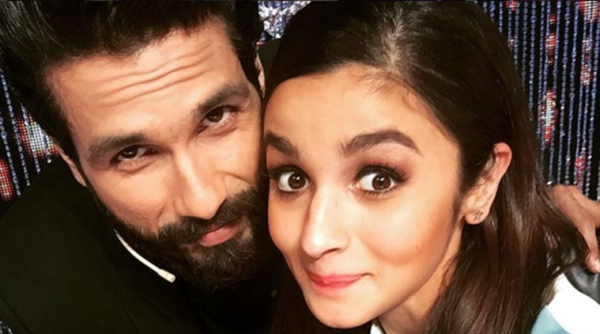 Shahid Kapoor, Alia Bhatt perform Garba in Ahmedabad