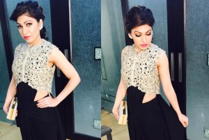 Tulsi Kumar bags the playback singer of the year