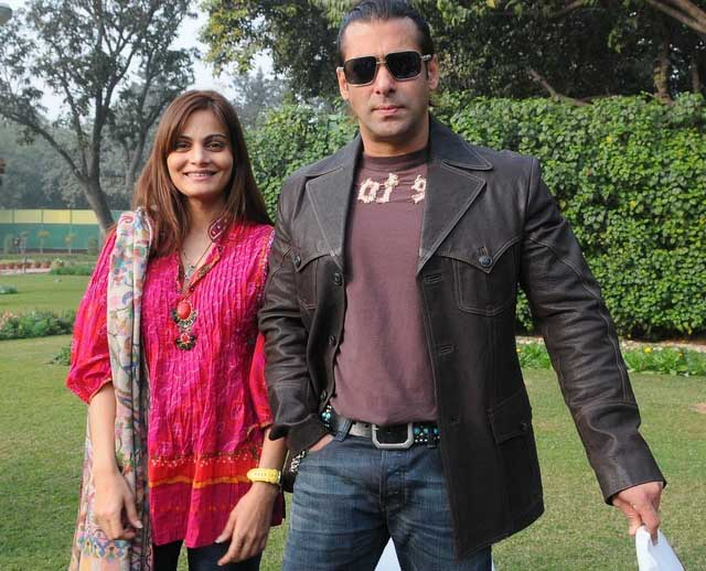 Sister Alvira compliments Salman Khan for the first time
