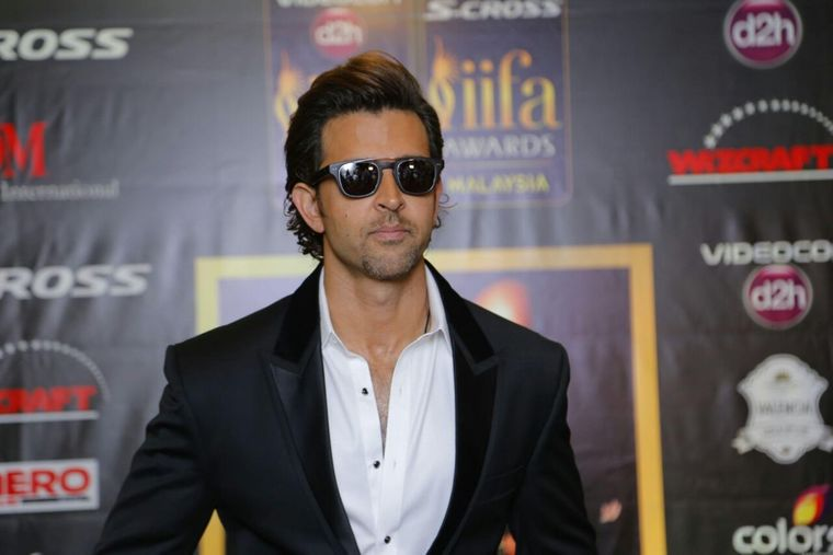 Hrithik Roshan sends a special return gift to all the guests in his Birthday bash