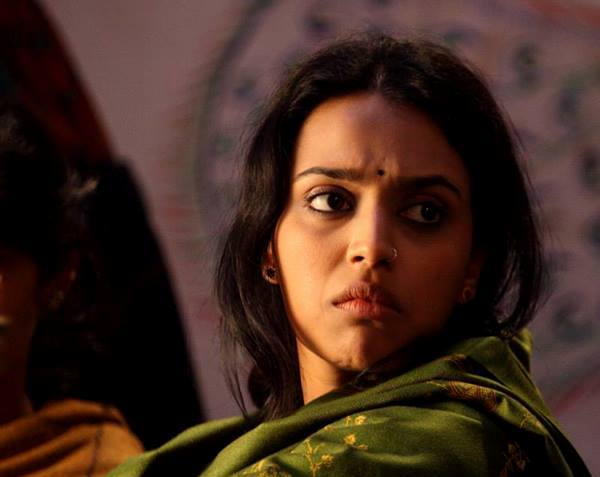 Actress Swara Bhaskar condemns Delhi Police 'action' against students