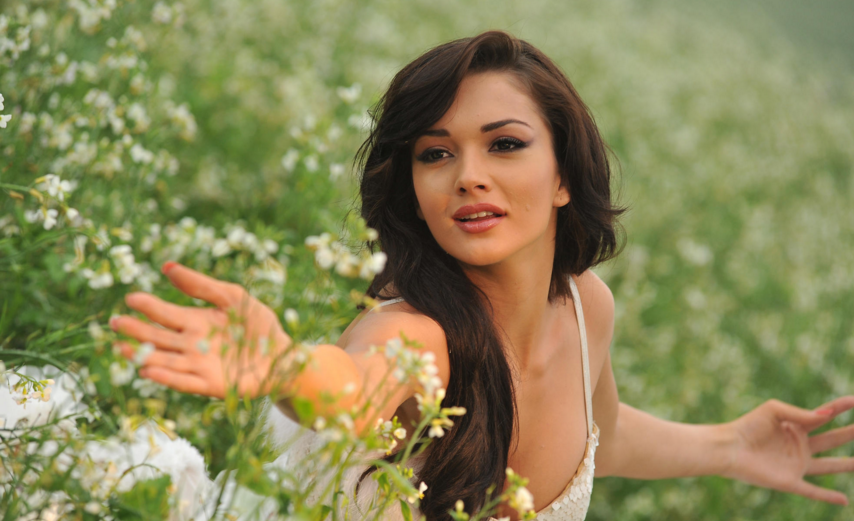 Check Out : Interesting Facts About Bollywood Beauty Amy Jackson