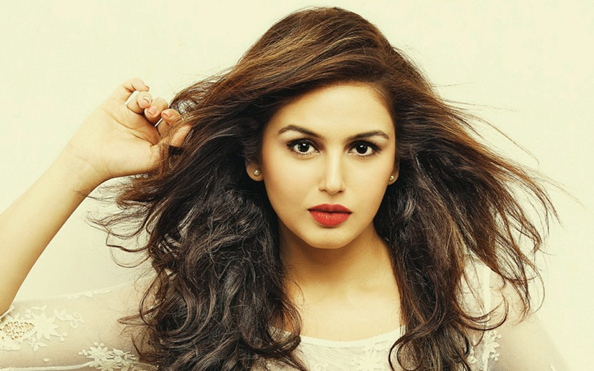 BIG NEWS! Huma Qureshi to work as a lead in Tom Cruise' The Mummy' Reboot?