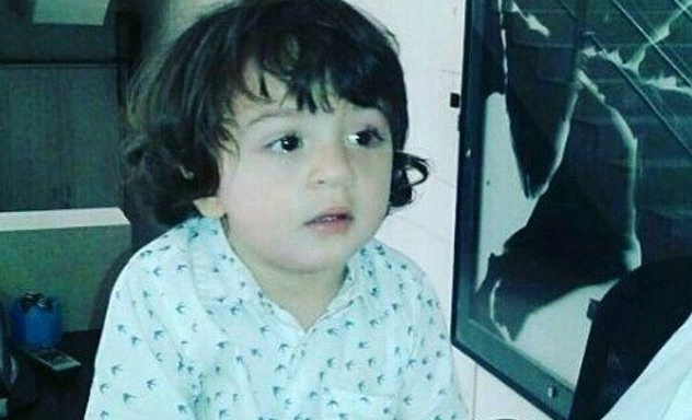 WATCH: AbRam kissing Ahaan Panday is cuteness overloaded