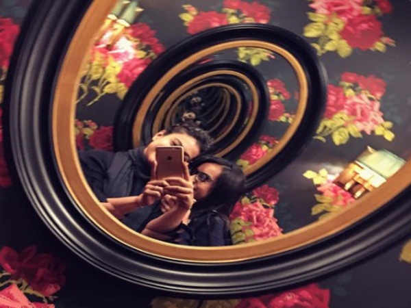 PIC: Kajol and daughter Nysa click a mysterious selfie