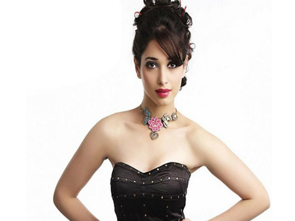 Tamannaah Bhatia plays an actress in 'Devi(L)'