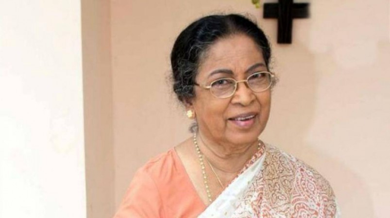 Bollywood mourns death of veteran actress Sulabha Deshpande
