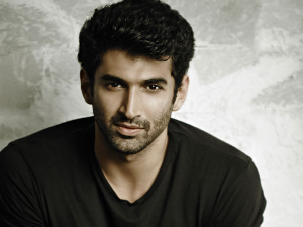Aditya Roy Kapoor pleases his fan with an autographed football