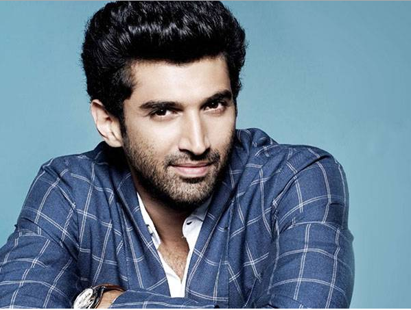 Watch: Aditya Roy Kapur invites you to the DreamTeam Concert