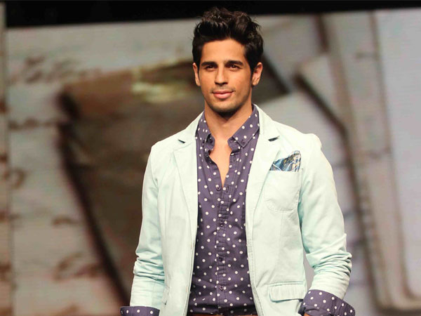 Sidharth Malhotra clocks 2 million followers on Instagram