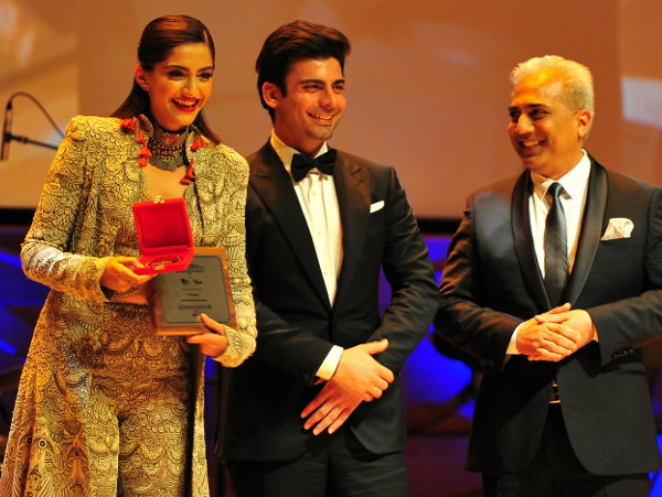 Pics: Sonam Kapoor and Nawazuddin Siddiqui win big at IFF Melbourne