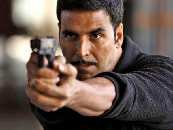 Pause, for Akshay Kumar has to say something on the recent India-Pak scenario