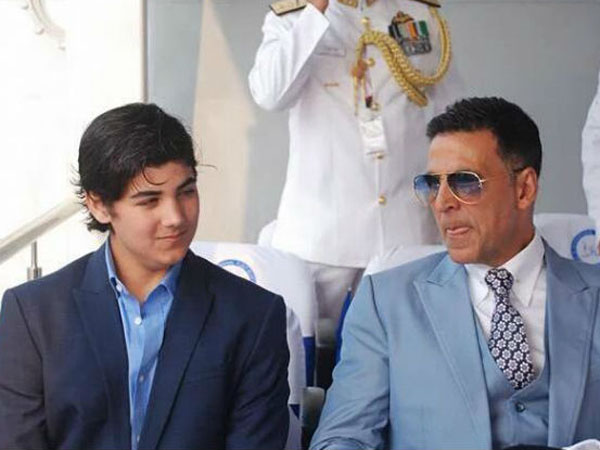 Akshay Kumar bonds with his son, shares a beautiful picture on Twitter