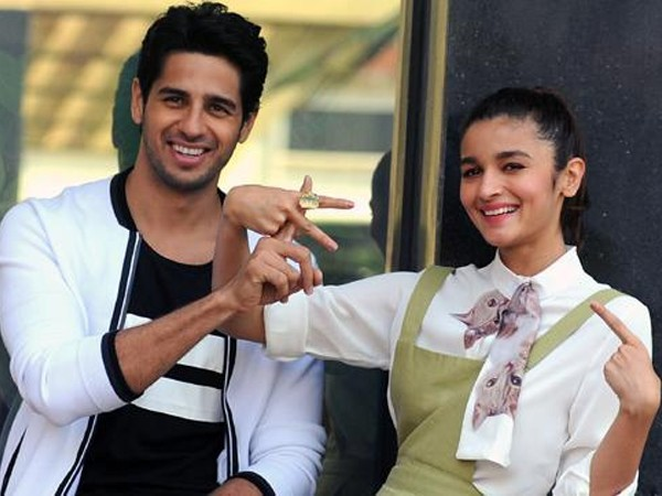 This is what Alia Bhatt has to say about her breakup with Sidharth Malhotra